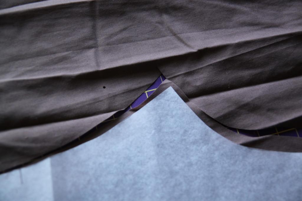 Upcyklace košile - kalhoty z košiloviny pro sourozence, Budilka