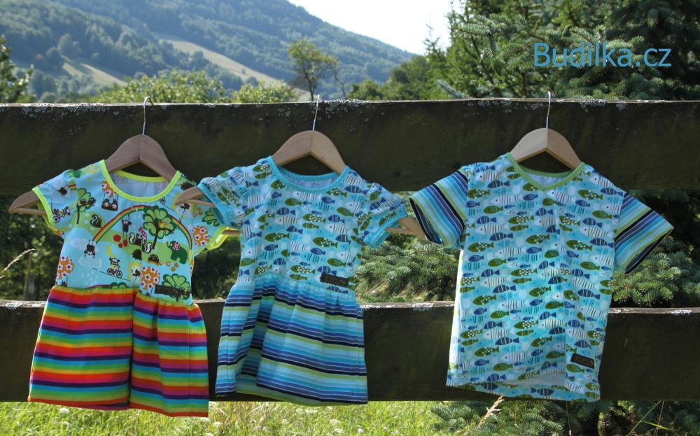 Šaty a tričko pro sourozence podle Ottobre - Budilka.cz