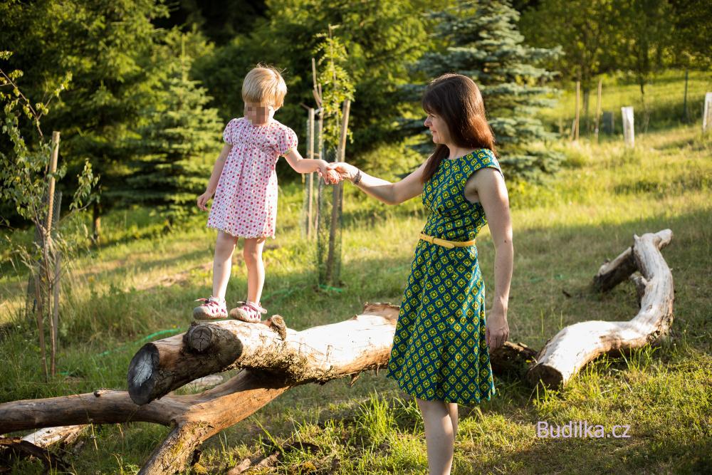 "Ottobre 4/2012 šatičky - dress ""Autumn Bouquet - Budilka.cz"