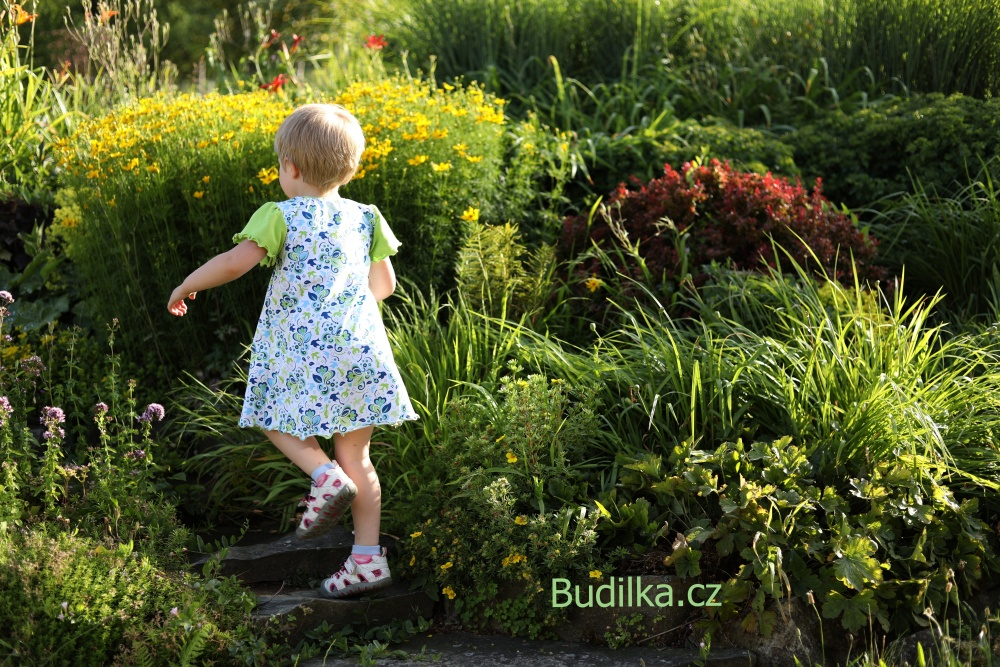 """Ottobre 4/2012 šaty - dress """"Autumn Bouquet - Budilka.cz"""